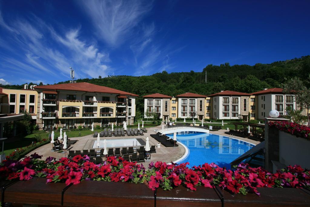 Снимки от СПА почивка в Парк хотел Пирин, Сандански, с включени закуска и вечеря