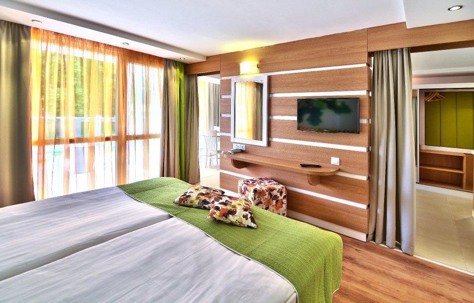 Снимки от Специална оферта за икономични студиа в хотел Форест Бийч 4*, Приморско